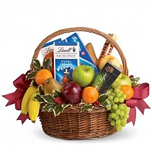 Fruit Gift Baskets: Fruits and Sweets Christmas Basket